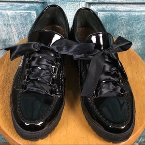 Mephisto Lady Low Top Sneaker Patent Leather 8.5